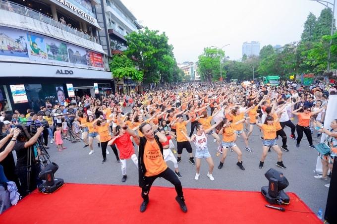Nhảy Flashmob là gì