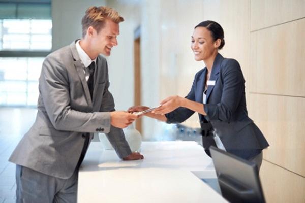 Cách cải thiện kỹ năng giao tiếp với khách hàng