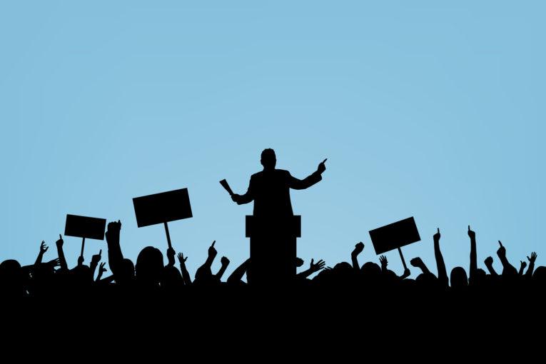 Cách giảm căng thẳng khi nói trước đám đông