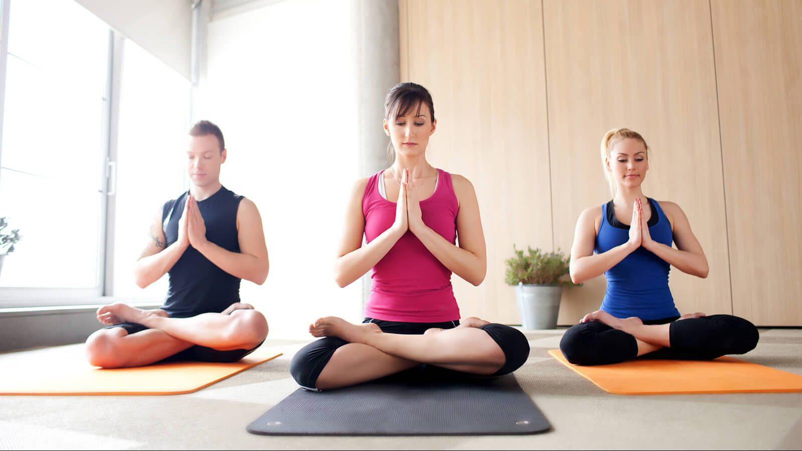 hoc-Yoga-tai-huyen-Dan-Phuong-Ha-Noi.jpg