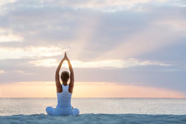 tap-Yoga-dung-cach-2.jpg