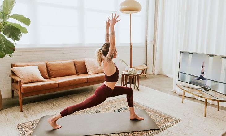 ra-mat-Webiste-hoc-Yoga-truc-tuyen.jpg