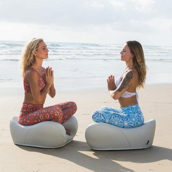 cach-ngoi-thien-Yoga.jpg